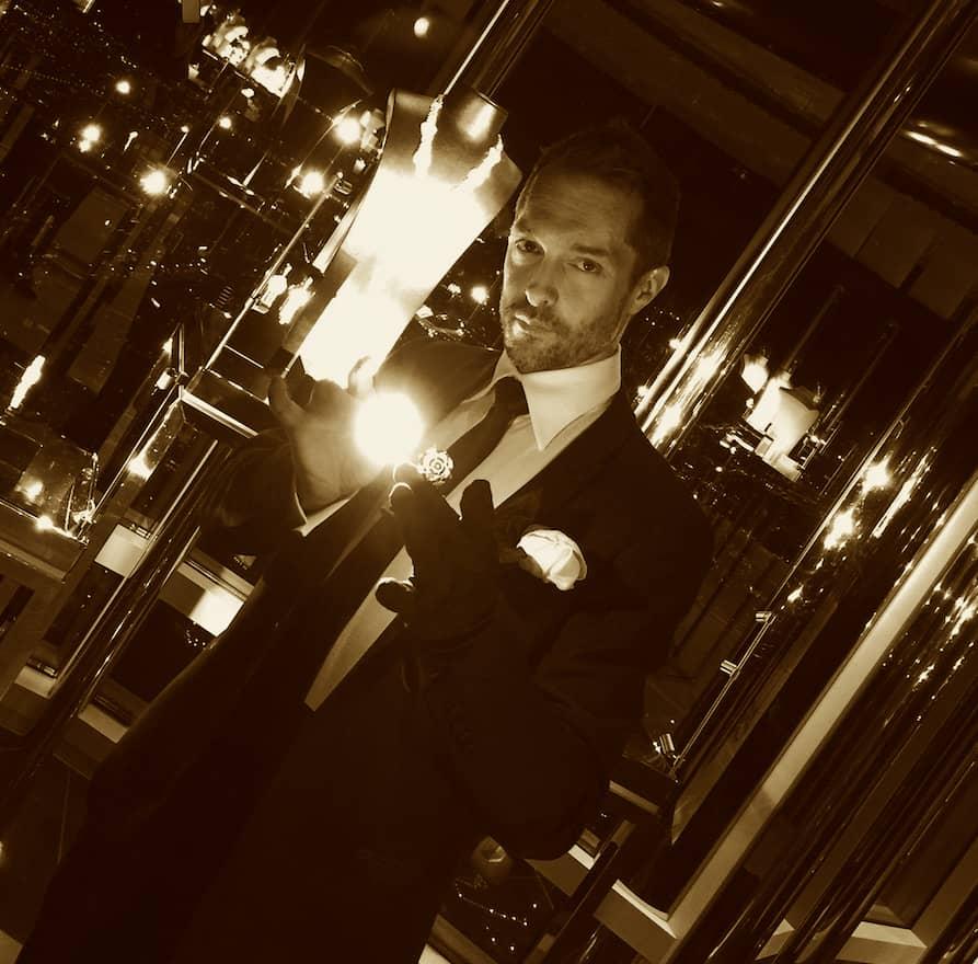 Laurent Beretta incarne la magie du luxe et créé des effets de magie sur mesure pour la haute joaillerie